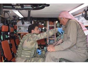 Tel Abyad ve Rasulayn'da köy köy sağlık taraması yapılıyor