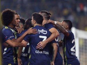 Fenerbahçe hem ilkleri yaşadı, hem de verilerde yükselişe geçti