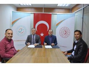 """Beyşehir'de """"Ürünlerimiz markalaşıyor, Beyşehir'i dünya tanıyor"""" projesi"""
