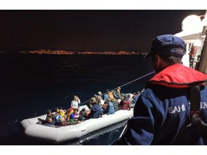 Kuşadası'nda 88 düzensiz göçmen yakalandı