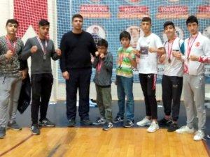 Meram Belediyespor Muay Thai Kupasında 10 madalya kazandı