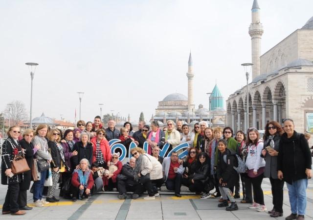 İzmir Zihinsel Engelliler Derneği Konya'yı gezdi
