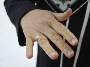 Kilolarından kurtulup evlilik yüzüğünü 15 yıl sonra yeniden taktı