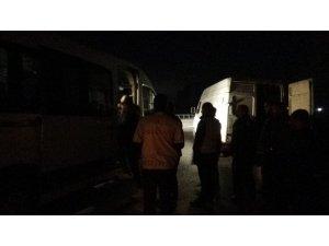 Gece yarısı şok operasyon: 50 kaçak göçmen yakalandı