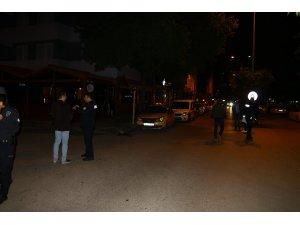 Adana'da bıçaklı kavga: 1'i ağır 2 yaralı