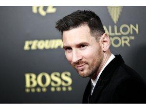 """""""Altın Top"""" ödülü Messi'nin"""