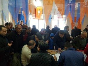 """AK Parti İl Başkanı Özmen; """"Delege seçimleri yoğun katılımla gerçekleşiyor"""""""
