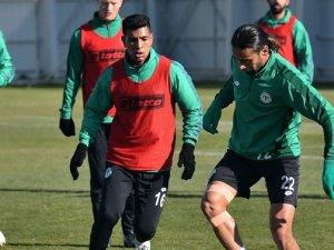 Konyaspor, Medipol Başakşehir maçı hazırlıklarına başladı