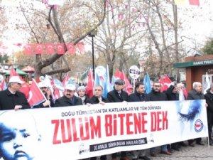 Çin'in Doğu Türkistan'daki hak ihlalleri Kütahya'da protesto edildi