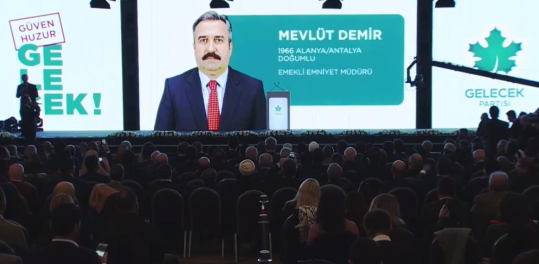 Davutoğlu'nun partisinde Konyalıların yakından tanıdığı dikkat çeken isim!