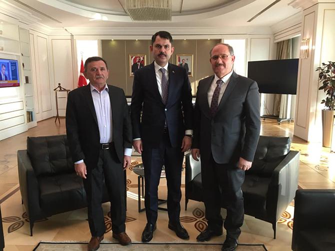 Karapınar Belediye Başkanı Mehmet Yaka, Bakan Kurum'u ziyaret etti