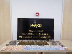 Antalya'da uyuşturucudan 2 şüpheli tutuklandı