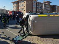 Flaş! Konya'da minibüs kazası: Yaralılar var