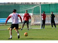 Eto'o takımını Eskişehirspor maçına hazırlıyor