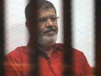 """Mısır'da Mursi ve İhvan yetkilileri """"terör listesine"""" alındı"""