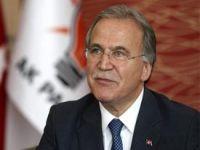 AK Parti'den Bülent Arınç ve Hüseyin Çelik kararı