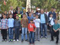Güneysınır Mevlana Ortaokulu Öğrencileri Ecdadını Ziyaret Etti