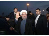 """İran Cumhurbaşkanı Ruhani'den """"Devrim Muhafızları'na"""" eleştiri"""
