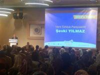 Şevki Yılmaz Konya'da gençlerle buluştu
