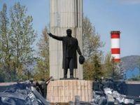 Atatürk anıtına saygısızlık meclis gündeminde