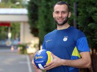 Voleybolcu Selçuk Keskin, Fenerbahçe'de kaldı