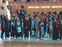 NEÜ'de Sosyal ve Beşeri Bilimler Fakültesi ilk mezunlarını verdi