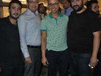 Murat Tunç arkadaşlarıyla birlikte
