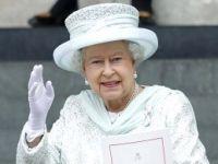 Kraliçe, Yardımcılarıyla Haberleşmek İçin Özel Şifreler Kullanıyor