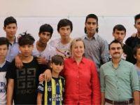 Savaş Mağduru Çocuklar, Türkçeyi Kto Karatay'da Öğreniyor