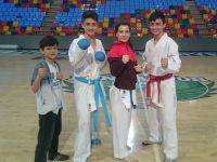 Konyalı karateciler, madalyayla döndü