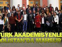 Akademisyenler Moğolistan'da mahsur kaldı