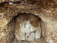 Kanalizasyon Çalışmasında Tarihi Mezar Çıktı