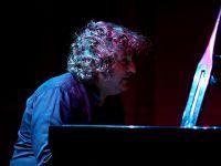 Ünlü piyanist-besteci Uğurlu: 'Sanat tüm yeniliklerin öncüsüdür'