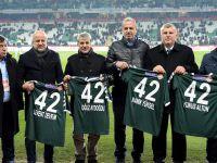 Konyaspor'a efsanelere vefa