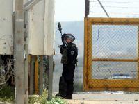 İsrail hapishanesindeki Filistinli genç hayatını kaybetti