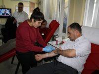Memur-Sen'den kan bağışı