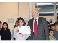 Paris'te Türkçe diploma töreni