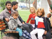 Suriyelilere Vatandaşlık Verilmeye Başlandı