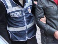 Darbecilere yolu açan eski komiser FETÖ üyeliğinden tutuklandı