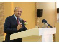 Milli Savunma Bakanı Işık, doktorlarla buluştu