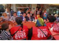 Bakan Özlü İzmir'de gençlerle buluştu