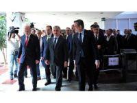 Ulaştırma, Denizcilik ve Haberleşme Bakanı Arslan, Bursa'da: