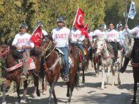 Konya'da referandum için atlı evet çağrısı