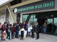 Atiker Konyaspor Şivlilik dağıttı