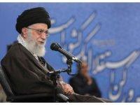 """""""Avrupa İran'ı kandırıyor"""""""