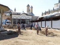 Mevlana Müzesi bahçesindeki ek bina inşaatı durduruldu