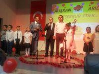 15 Temmuz şehitleri ilkokul'unda şiir dinletisi