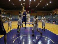 Konya'da U-16 Türkiye Şampiyonu Mega Basket oldu