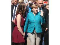 Merkel: (Brexit) tarihi öneme sahip bir karardı