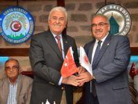Federasyon Başkanı Özünal'dan muhtarlar derneği'ne ziyaret